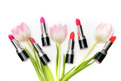 7-best-spring-lipsticks-avon-header1.jpg